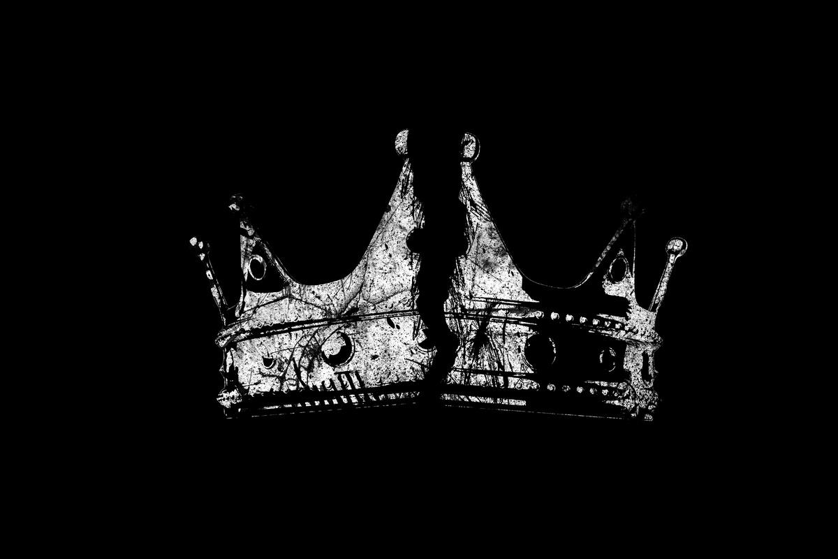 Une couronne peut en cacher d'autres